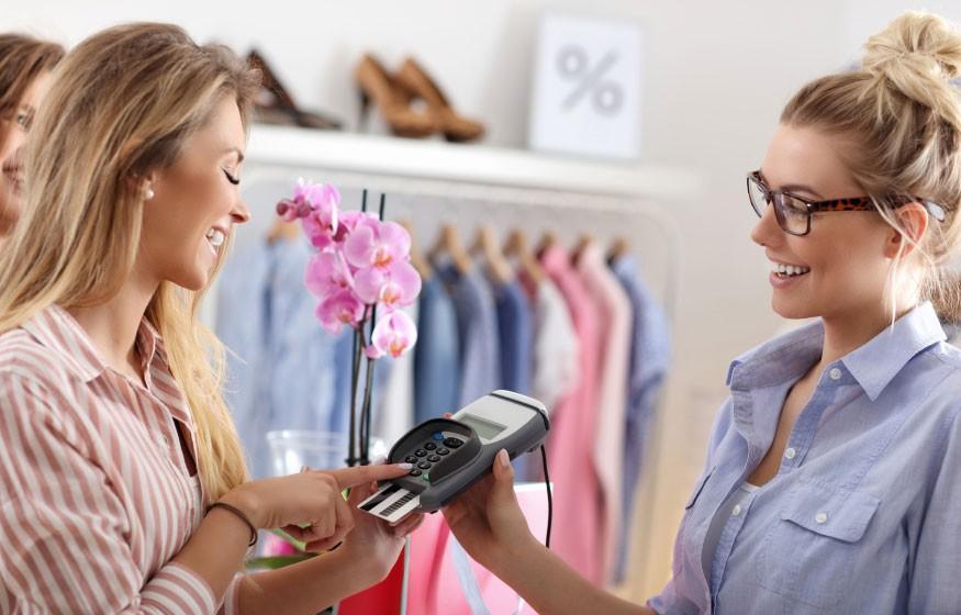 L'emploi et le recrutement de vendeuse en magasin